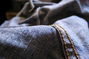 Pluisjes op kleding verwijderen met azijn